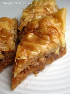 Nadire Atas On Baklava Desserts mother of god. i've finally found an easy baklava recipe. Turkish Recipes, Greek Recipes, Romanian Recipes, Greek Desserts, Scottish Recipes, Delicious Desserts, Dessert Recipes, Yummy Food, Healthy Food