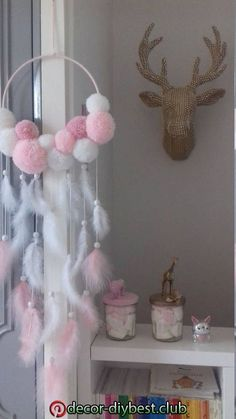 This article is not available. This article is not available – craft ideas children – Diy Home Decoration Diy Home Crafts, Baby Crafts, Crafts For Kids, Dream Catcher Art, Dream Catcher Mobile, Diy Bebe, Pom Pom Crafts, Baby Room Decor, Diy Art