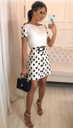 Pin by pinstress on button front skirts in 2019 облегающее п Girl Fashion, Fashion Outfits, Womens Fashion, Simple Street Style, Button Front Skirt, Plus Size Gowns, Office Outfits, Modest Dresses, Blouse Designs