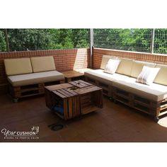 Qué bien va a aprovechar nuestro cliente de Alcobendas su terraza durante el verano con esta magnífica decoración! 😍👏😍👏  ¿Tú también quieres renovar tu terraza? 👉 Entra en www.yourcushion.es y comienza a diseñar los cojines y colchonetas que quieras, en la medida, forma y color que necesites.  #cojinesamedida #cojinespersonalizados#cojinesúnicos #alcobendas #proyectosamedida#DIY #DIYideas #cushions #deco #terrazas
