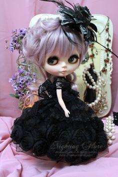 Doll*icious Beauty ❀ :: Gothic Blythe Doll
