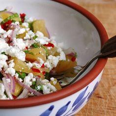 Scharfer Ananas-Salat mit Feta