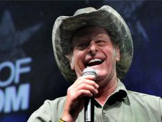 Ted Nugent Apologizes, Sort Of, For Calling Obama 'mongrel' | Christian News