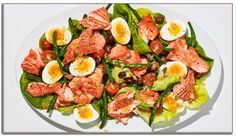 Summer Salmon Niçoise Recipe - - We love a classic Niçoise salad made with fancy oil-packed tuna, but using warm, slow-roasted salmon instead makes the whole thing feel a little more special. Best Salmon Recipe, Baked Salmon Recipes, Tasty Meal, Oven Roasted Salmon, Pesto Salmon, Nicoise Salad, Cobb Salad, Salmon Seasoning, Eat This
