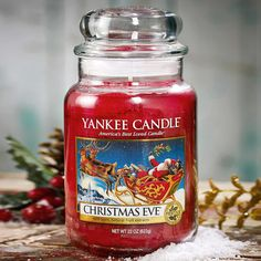 Yankee Candle – vonná svíčka Christmas Eve, střední