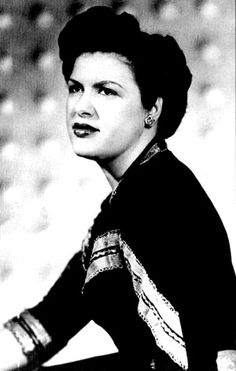 Patsy Cline in a south-western dress