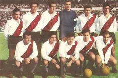 1963. River Plate - Parados: Sainz, Ramos Delgado, Varacka, Carrizo, Cap y Grispo. Agachados: Ermindo Onega, Pando, Artime, Delem y Roberto