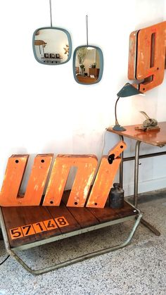 leuchtbuchstaben auf pinterest beleuchtetes manuskript book of kells und kunst. Black Bedroom Furniture Sets. Home Design Ideas