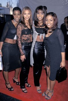 Beyoncé Knowles with Destiny's Child at the Soul Train Awards in 1998. http://beautyeditor.ca/2014/09/26/beyonce-knowles-before-and-after