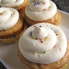 Quick and Almost-Professional Buttercream Icing Allrecipes.com 1 recipe made enough for 10 cupcakes