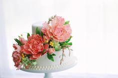 Mischief Maker Cakes Blog | Sugar Flower Cake by The Mischief Maker