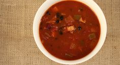 277 calories This amazing soup is thick and filling with a little bit of a kick. Serves 4 • Ready in 45 minutes 4 chicken drumsticks (304 cals) 1 onion, peeled and roughly chopped (65 cals) 1 carro...
