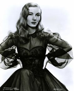 Veronica Lake is just so glamorous!