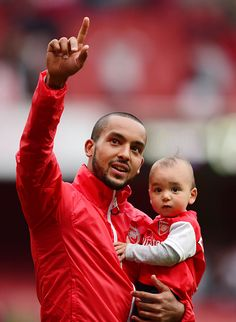 Arsenal lap of honour Theo Walcott and his son. Arsenal Football, Arsenal Fc, Theo Walcott, Club, History, Sports, Life, Soccer, World