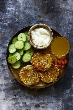 These 30 Everyday Indian Meals are packed with nutrient-rich foods and plenty of fresh fruits and vegetables. Our 30 everyday meals are worth bookmarking. Healthy Indian Recipes, Healthy Foods, Vegetarian Recipes, Tiffin Recipe, Fried Fish Recipes, Lunch Snacks, Lunch Menu, Lunches, Nutrient Rich Foods
