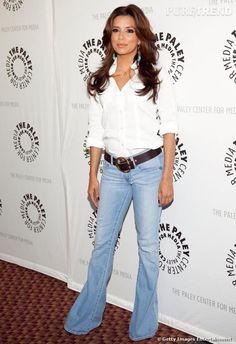 Le maître mot d'Eva est la simplicité. Aussi n'hésite-t-elle pas à porter des jeans sur tapis rouge