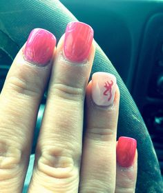 If I had or could stand finger nails, I'd want mine to look like this.