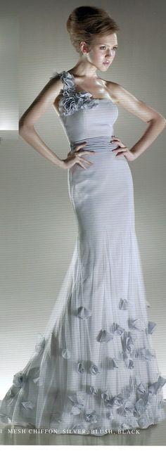 8c92ce99bb6ec2  MildredsBridalBoutique  wedding  dresses  prom  womenswear  menswear   shoes  hats  battlecreek  michigan