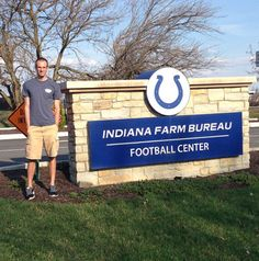 AU sends athletic training major to intern with Indianapolis Colts. http://anderson.edu/w/news/2014/au-sends-athletic-training-major-to-intern-with-indianapolis-colts