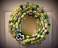St. Paddy's Day Wreath #holiday #wreath #papercraft