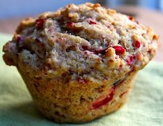 Get Natured: My favorite fall muffins + protein for school lunches and snacks Muffin Recipes, Cupcake Recipes, Baking Recipes, Breakfast Recipes, Vegan Breakfast, Vegan Foods, Vegan Recipes, Vegan Meals, Yummy Treats