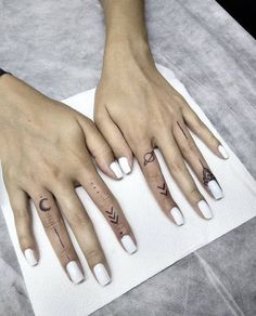 Hand Tattoos are very beautiful. We have selected 50 unique female hand tattoos to browse at your perusal. The best part of having such tattoo is that it can even add more elegance, especially for women. Hand Tattoos For Girls, Cute Hand Tattoos, Finger Tattoo For Women, Small Finger Tattoos, Finger Tattoo Designs, Mini Tattoos, Tattoos For Women Small, Trendy Tattoos, Body Art Tattoos