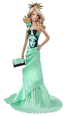 Dolls Of The World® Doll Statue of Liberty BARBIE® Doll: Amazon.co.uk: Toys & Games