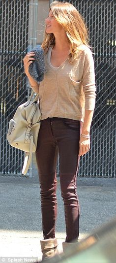 No extras needed: Gisele Bundchen keeps it simple as she goes make-up free showing off her natural beauty