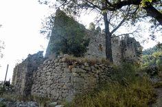 Cosetano: Castell de Marmellar e Iglesia de Sant Miquel