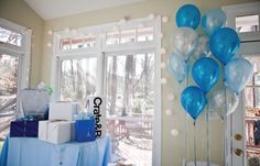 something%20blue%20bridal%20shower%20decorations%20%u2013%20white%20ballons%20instead%20of%20silver
