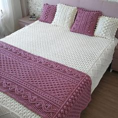 Cable Knit Blankets, Small Blankets, Knitted Baby Blankets, Crochet Bedspread Pattern, Crochet Blanket Patterns, Knitting Patterns, Knitting Kits, Easy Knitting, Bed Runner