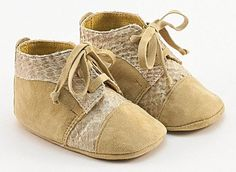 Special handmade baby shoes from Vibys