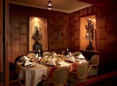 Thai Chi Restaurant dining