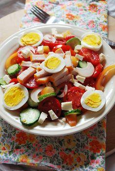 Tojásos zöldségsaláta, könnyed finomság a nyári napokra!