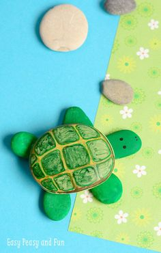 Super cute and easy to make rock turtle!