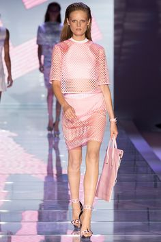 Versace Spring 2015 Ready-to-Wear Fashion Show - Hanne Gaby Odiele