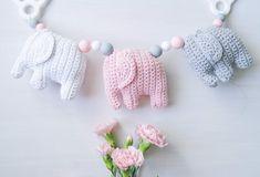 virkattu norsu vaunulelu Knitting For Kids, Baby Knitting Patterns, Knitting Projects, Handgemachtes Baby, Baby Toys, Crochet Elephant, Baby Elephant, Diy Crochet, Crochet Baby