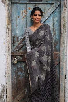 Grey Yin Yang Hand Block Printed Mul Cotton Saree