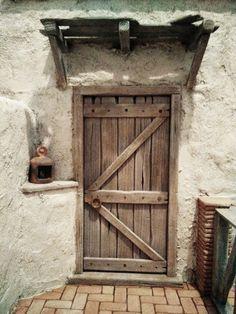 1 million+ Stunning Free Images to Use Anywhere Vitrine Miniature, Miniature Houses, Miniature Dollhouse, Cool Doors, Unique Doors, Entrance Doors, Doorway, Christmas Nativity Scene, Shutter Doors