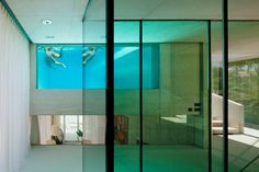 Jellyfish House by Wiel Arets Wiel Arets' Jellyfish House has an elevated pool with a glass floor Marbella - Spain