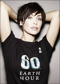 "I have loved Natalie Imbruglia's short hairdo ever since ""Torn"" came out. I notice that, like Halle Berry and Winona Ryder, Natalie keeps growing her hair out and then returning to the short do. With good cause!"