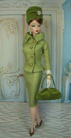 It's a doll! It's a Barbie! It's a lady! Yikes, It's my Mom!