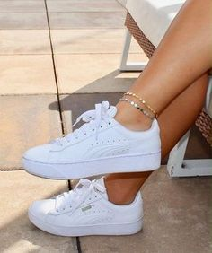 Sneakers For Women 2019 : Coin Anklet / Dainty Gold Anklet / Dainty Silver Anklet / Gift Idea / Birthday Idea / Gold Silver Disc Anklet / Gold Chain Anklet Best Sneakers, Sneakers Fashion, Fashion Shoes, Summer Sneakers, White Puma Sneakers, White Platform Sneakers, Womens White Sneakers, Fashion Jewelry, Fashion Accessories