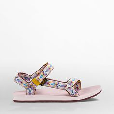 Free Shipping & Free Returns on Authentic Teva® Women's Original Universal Hoy sport sandals. Shop the entire collection of sport sandals for women at Teva.com