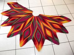 Ravelry: Project Gallery for Drachenfeuer pattern by Mic's Masche & Co