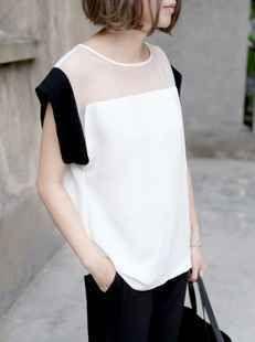 Moulded Semi-Sheer Color Block Shirt by nicole Minimal Fashion, White Fashion, Modelos Fashion, Fashion Details, Fashion Design, Blouse Designs, Chiffon Tops, White Chiffon, Dress To Impress