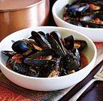 Steamed Mussels with Marinara & Spicy Soppressata - Recipe - FineCooking Shellfish Recipes, Seafood Recipes, Cooking Recipes, Seafood Dinner, Fish And Seafood, Mussels Marinara, Mulberry Recipes, Szechuan Recipes, Parsley Recipes