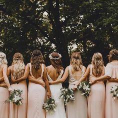 Pretty in pink @lauren_lee_bausano's bridesmaids all in Show Me Your Mumu