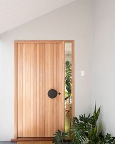 Modern Entrance Door, House Entrance, Interior Architecture, Interior And Exterior, Interior Design, Dream House Plans, My Dream Home, Red Lily, Hallway Designs