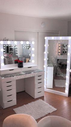Medina Vanity Rancho Cucamonga CA Professional Makeup Vanity Mirrors cucamongacaprofessional makeup medina mirrors vanity vanityrancho Girl Room, Bedroom Vanity, Beauty Room Vanity, Stylish Bedroom, Makeup Room Decor, Room Ideas Bedroom, Aesthetic Bedroom, Bedroom Design, Glam Room